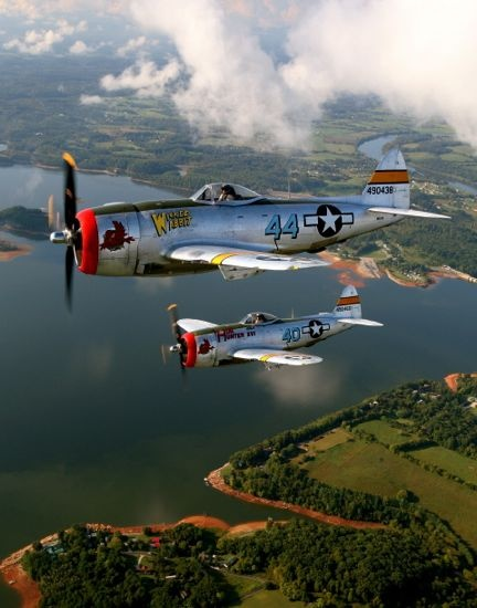 P-47s in formation