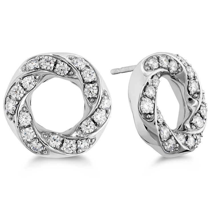 Atlantico Circle Pave Earrings. A perfect match for the beautiful pendant of similar design. Stunning. #lolomajewellers #diamondearrings #heartsonfire #townsville www.facebook.com/lolomajewellers