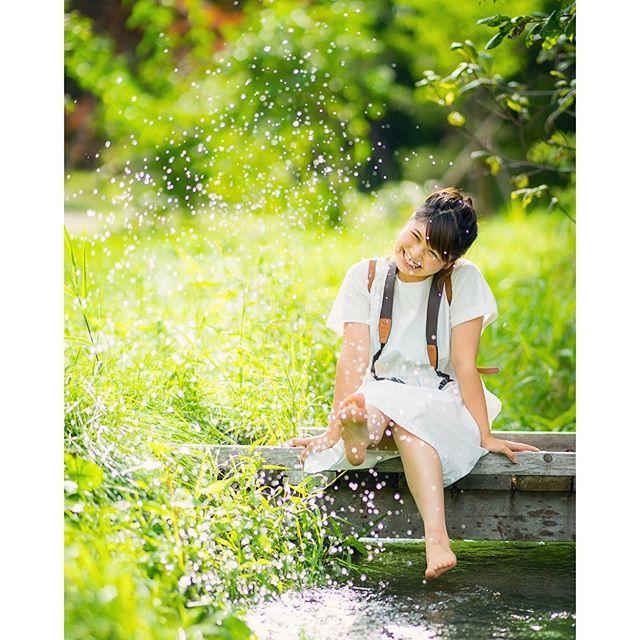 【lykke_photo_style】さんのInstagramをピンしています。 《30度の#真夏 でも、#湧き水 が流れる#綺麗な #清流 は、とっても冷たかったみたいです。 @masa007321 Photo by MASA  Web : http://s.ameblo.jp/lykke-photo-style/ 北海道・十勝を拠点とするロケフォト専門のリッケフォトスタイル フォローはご自由にどうぞ^ ^ ご依頼、ご質問はダイレクトまたは、lykkephotostyle@gmail.com までお願いします。  #前撮り #後撮り #プレ花嫁 #ロケフォト #tokyocameraclub#hokkaido#lykkephotostyle#ZQN#wind#森#森林#川#緑#水玉#キラキラ #十勝 #ポートレート#日本中の花嫁さんと繋がりたい#カメラ女子#夏#happywedding#bride#hokkaido #北海道》