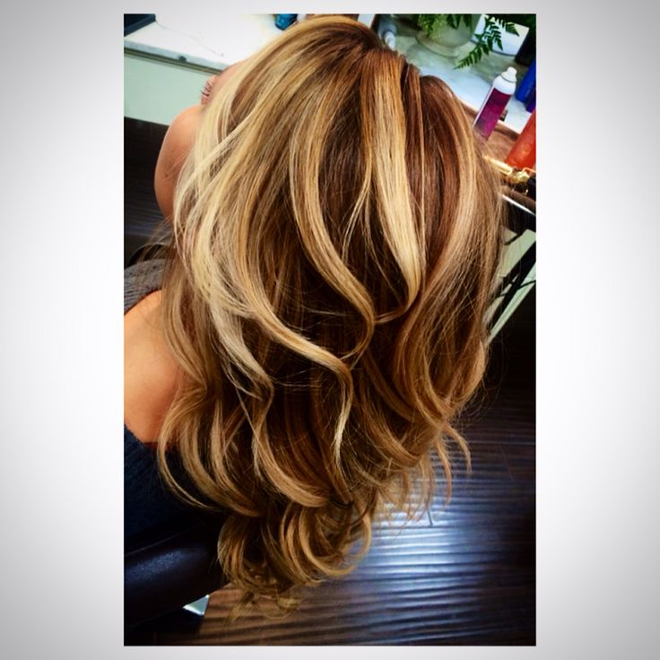 Dementional hair color by Vanessa Nelson  @salon77