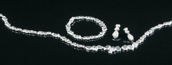 Lapponia jewelry introduces new collection by dutch designer Liesbeth Busman — Liesbeth Busman Salon + goudsmid & ontwerp atelier voor sieraden, trouwringen en kleine beelden