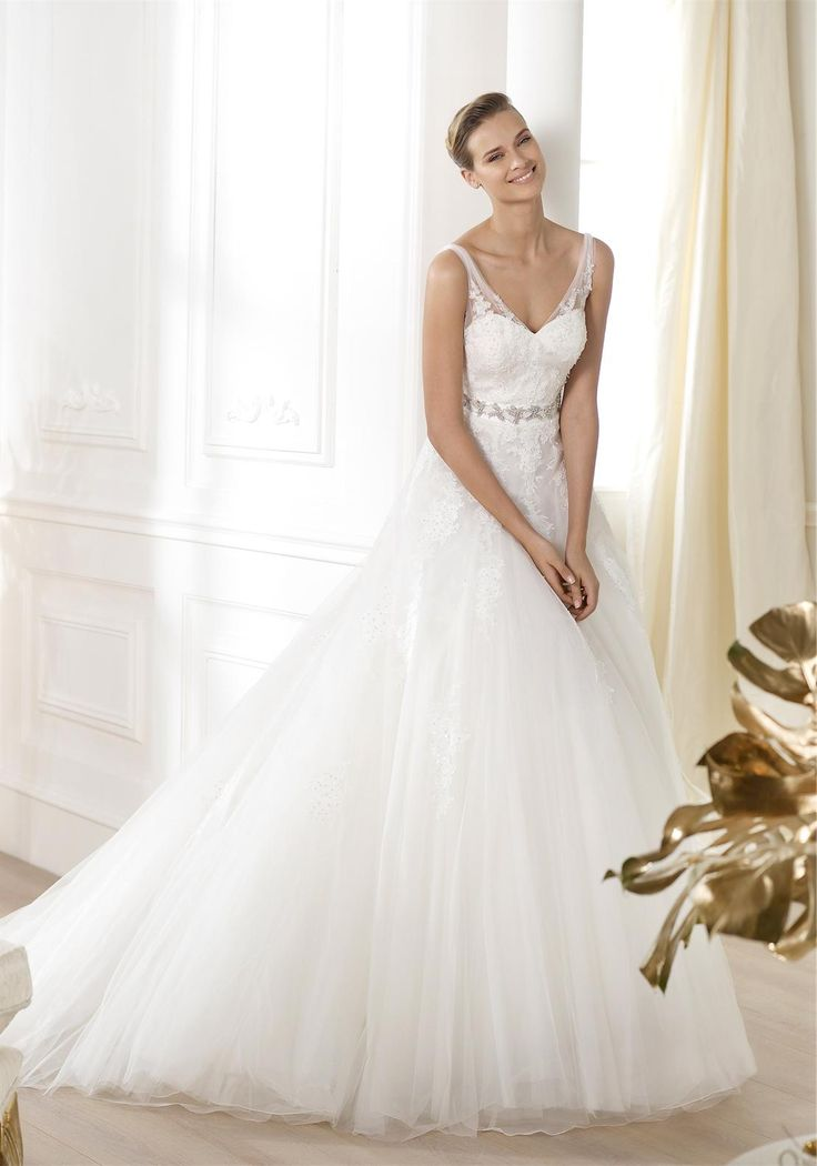 Ovias Lauris Uk12 Off White Mcelhinneys Bridal Rooms Www Mcelhinneysbridalrooms Was