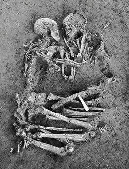 Eternal (skeleton) love