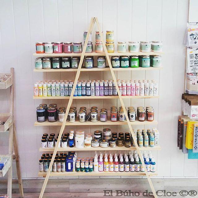 Nuevo punto de venta en  #Donostia de las pinturas #fleurpaint #lapajarita #delta y #cadence  Si aún no las conoces no esperes mas para probarlas y quedarte  #elbuhodecloe #tienda #talleres #manualidades #atelier #talleres #deco #party #bride #reforma #vintage #nuevatienda #rustico #wooden #shabby #shabbychic #mint #rusty #tiendasconencanto #craft #diy #handmade #amara #chalkypaint #chalkpaint #pinturachalk