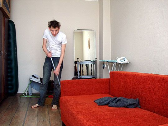 How To Clean Your House in 20 Minutes a Day for 30 Days