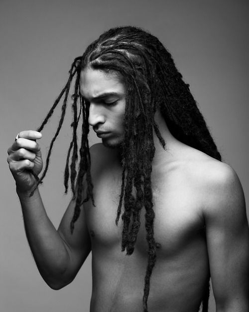 naked-dreadlock-man-blonde