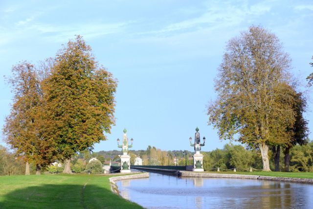 During our voyage aboard hotel barge Renaissance we cruise across the Pont Canal de Briare, built by Gustav Eiffel over the River Loire.
