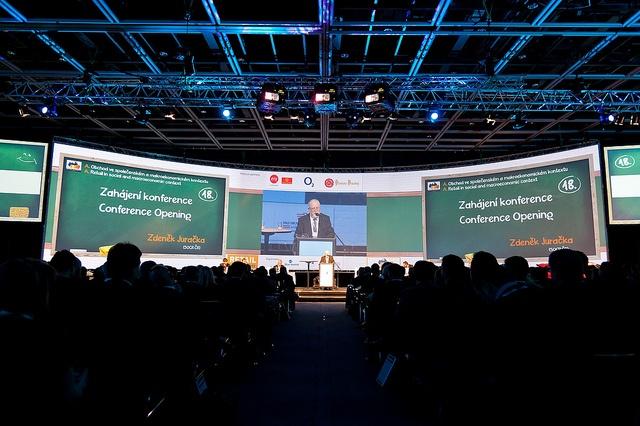 Zahájení konference Retail Summit    Úvodní slovo: Zdeněk Jurečka http://www.retailsummit.cz