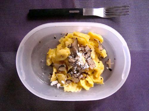 #Schiscetta - #Ravioli del Plin alla fonduta di #formaggio home-made con #Tartufo nero