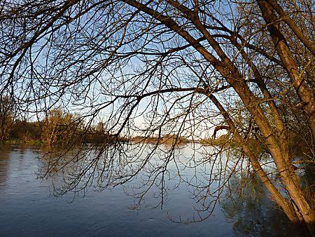 Loire rochecorbon : Fleuve : Rochecorbon : Indre-et-Loire : Châteaux de la Loire : Routard.com