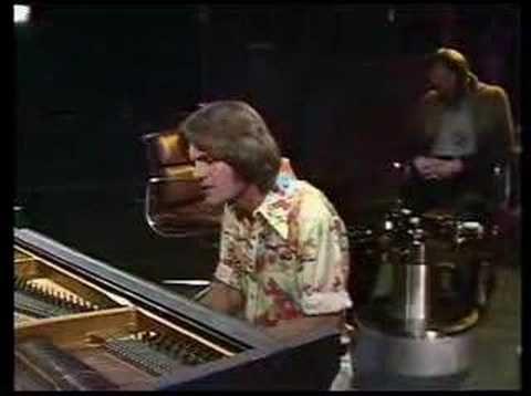 Bruce Johnston - Disney Girls (OGWT 1975)  Love this song.