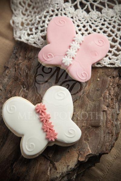 Μπισκότο βάπτισης βουτύρου σε σχέδιο πεταλούδα