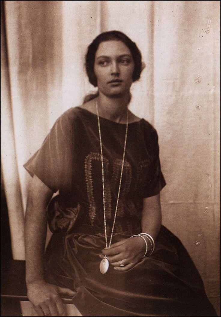 "Alphonse (Alfons) Mucha - Illustration - Art Nouveau - ""Jaroslava"" in 1930, Alphonse Mucha's daughter."