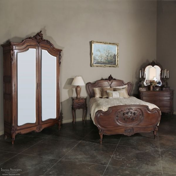 1000+ Images About Antique Bedroom Furniture / Beds On