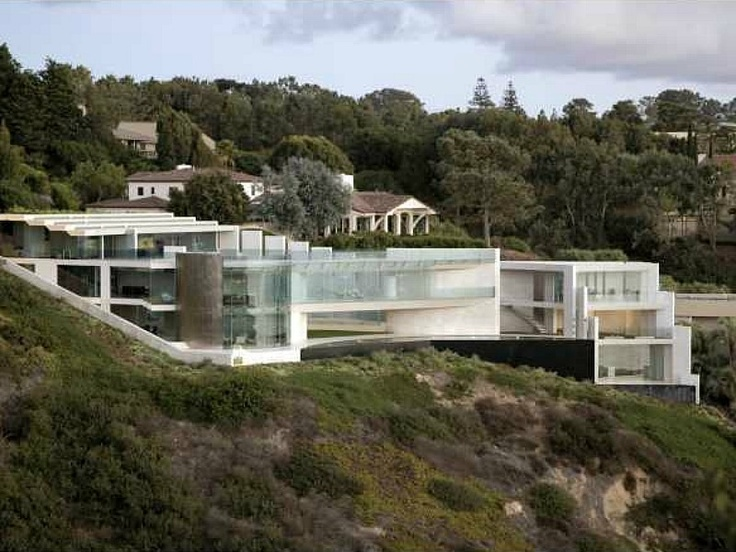 The Iron Man House Was Digitally Created But This Glass