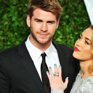 Liam Hemsworth Surprised Miley On Her Birthday In The Cutest Way #liamhemsworth #mileycyrus #birthdaysuprise #elleau