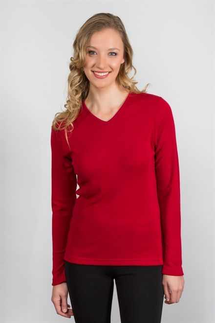 This is the perfect V neck top for every women's wardrobe. Grab one off our website www.themerinostory.com before they all go.