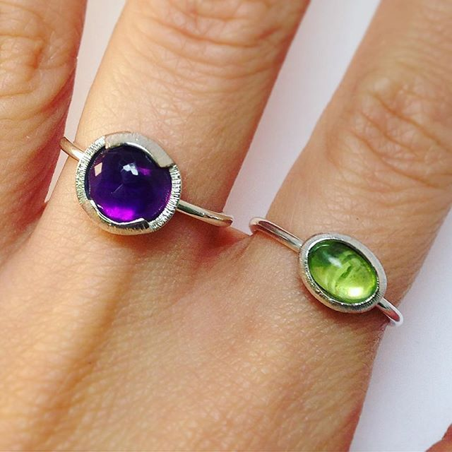 Uffff these two Sales are on, peeps! 20%OFF use code TZ20OFF at checkout! . . . . . . #amethyst #peridot #gems #rings #handmadejewelry #handmadejewellery #ring #silverjewelry #silverring #sterlingsilver #recycled #recycledjewelry #ethicalfashion #ethicaljewelry #ethicalgems #jewelrygram #jewellery #ethical #jewelry #jewelrydesign #artisanjewelry #handcrafted #ecofriendly #ecojewelry #timelessjewelry #jewelleryshop #aneis #pedras #ametista #joias