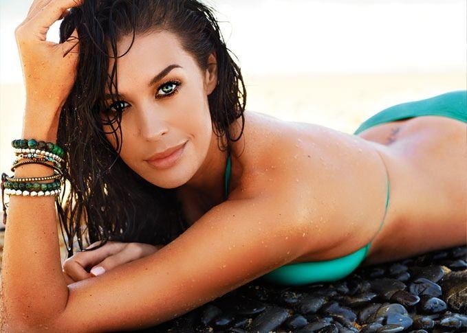 Megan Gale #Australia #celebrities #MeganGale Australian celebrity Megan Gale loves http://www.kangafashion.com