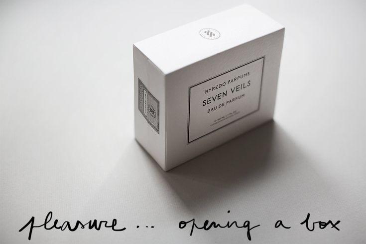 Byredo perfume packaging