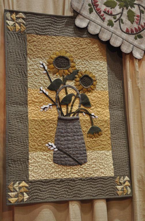 This is very cute, wool appliqué,yeah!