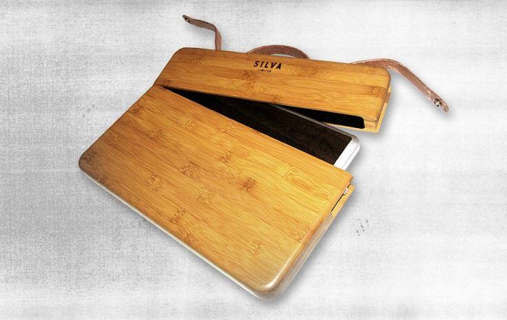 bamboo mac case, very chic