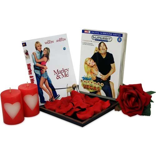 Make this #Christmas romantic with love gifts. http://bit.ly/1xfYaP3
