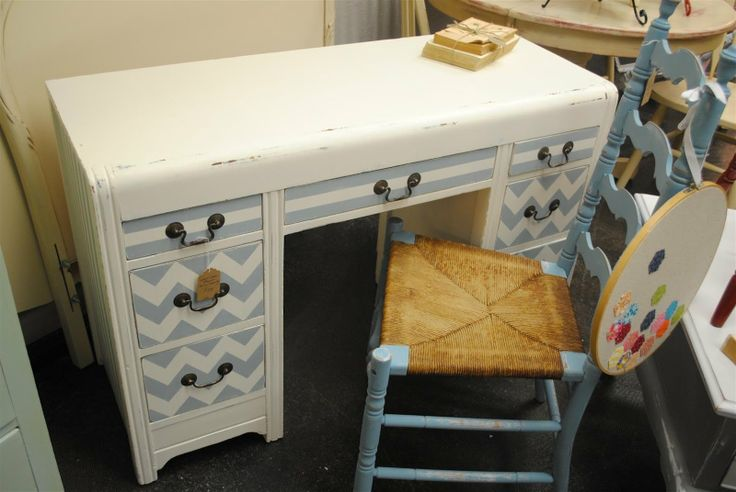 chevron pattern painted furniture | diddle dumpling: Before and After: Chevron Desk/Vanity and Vintage ...