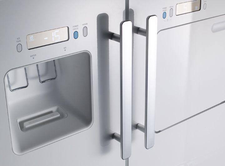 Samsung Refrigerator designed by Jasper Morrison and John Tree