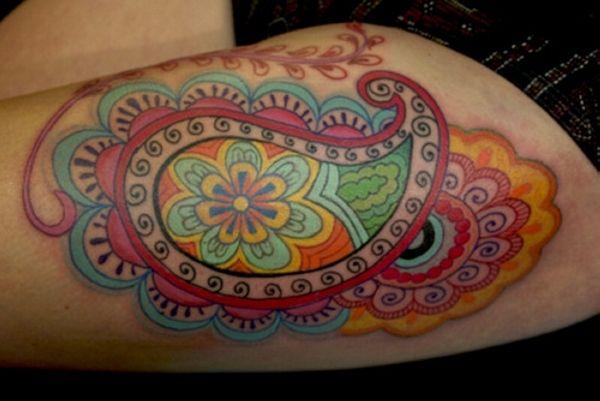 so colorful! #female #tattoo