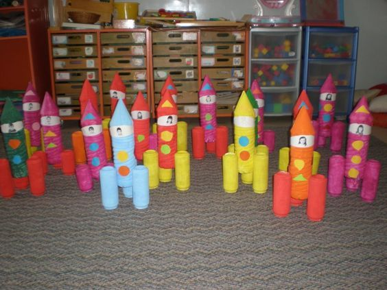 Loo roll rockets/space crafts: