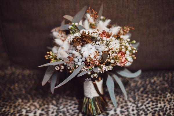 букет невесты зимой  #wedding