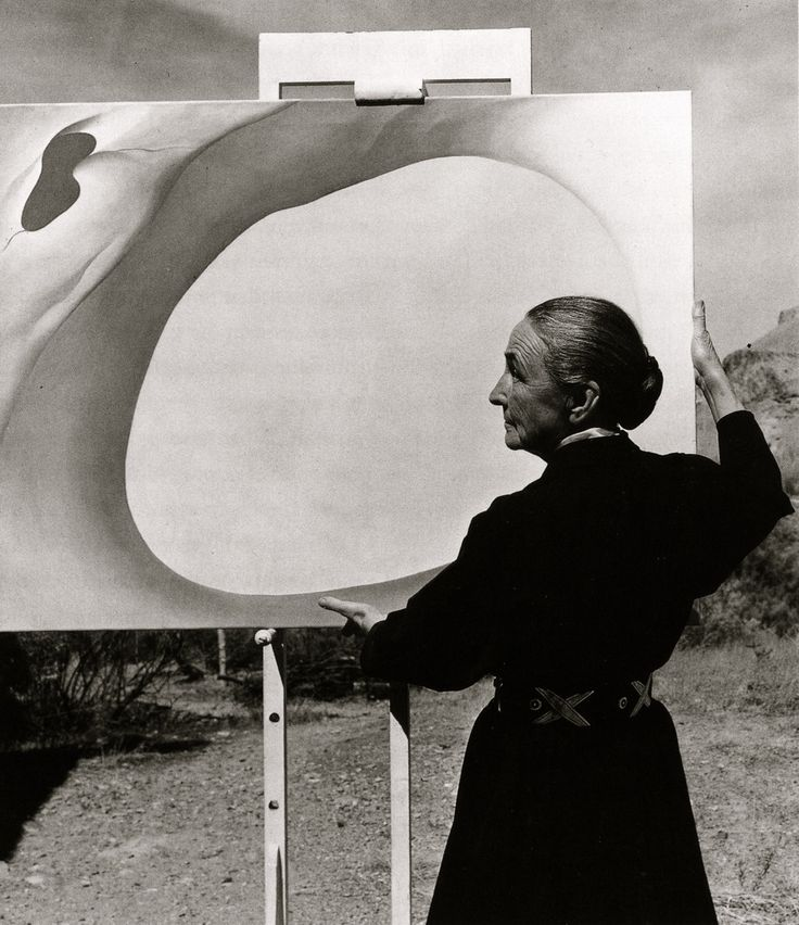 """Georgia O'Keeffe, """"I know I cannot paint a flower. I cannot paint the sun on the desert on a bright summer morning, but maybe in terms of paint color I can convey to you my experience of the flower or the experience that makes the flower of significance to me at that particular time."""""""