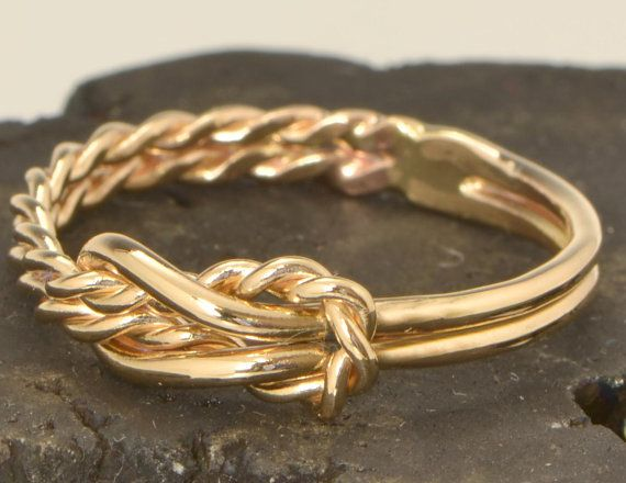 Gold Infinity Knot Knoten Promise Ring von TheJewelryGirlsPlace