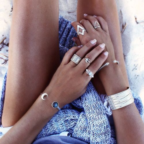 I really need this moon bracelet on her left arm