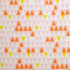 Spira Jaffa Pink Swedish Fabric- is bunting still cool??