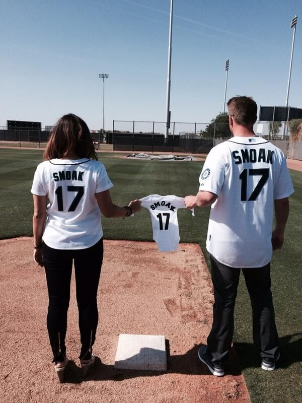 In honor of Opening Day, Justin and Kristin announced that the couple was adding a member to Team Smoak! Congrats!  #SpousesinSports #BaseballWife #MLBWife #WAGS