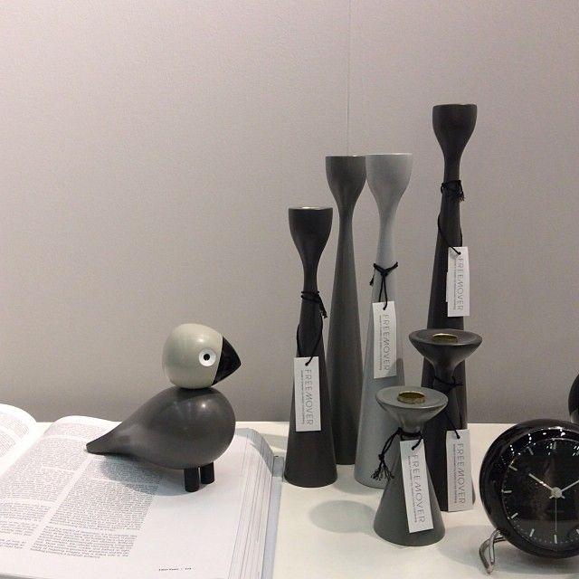 FREEMOVERr.se original Rolf™ wooden Candlesticks Maria L Dahlberg - Kay Bojesen Sangfugel - Arne Jacobsen Alarm clock, Scandinavian mid-century modern design
