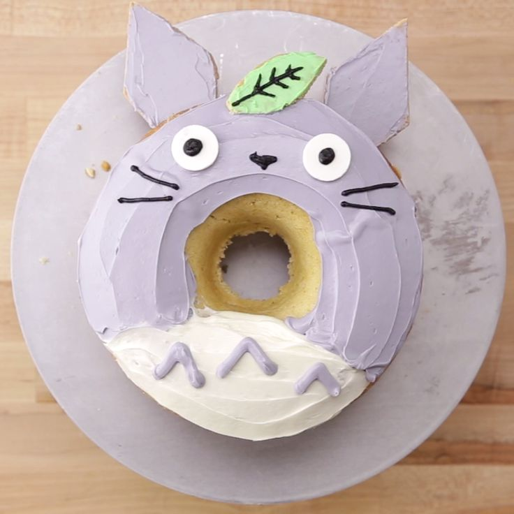 This giant Totoro Donut cake is so adorable and fun to make!