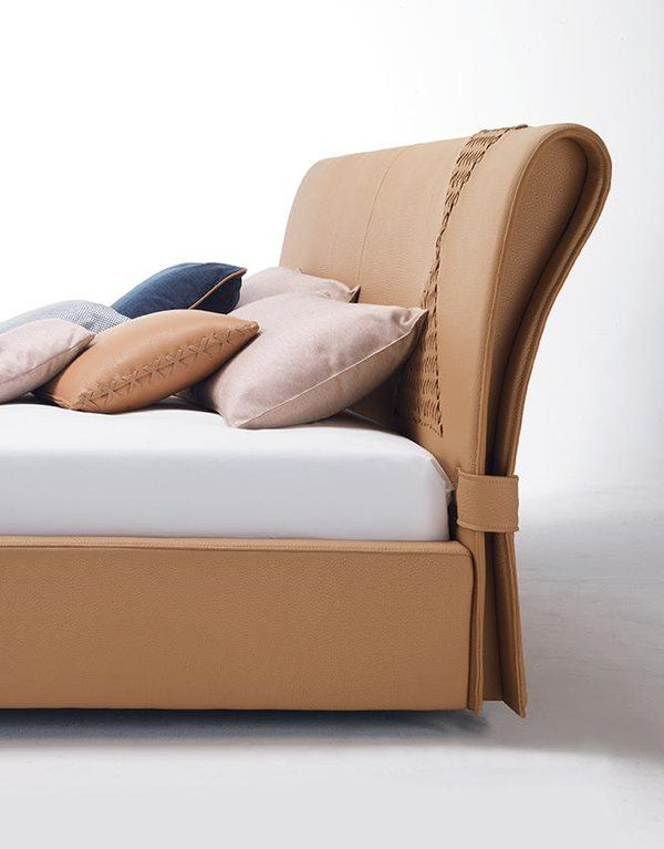 ONDA bed, design by D.BONFANTI - G.MOSCATELLI @ZaniSalotti