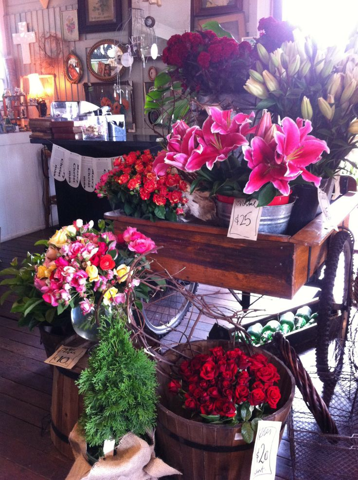 Twig and grace in cooroy - flower cart