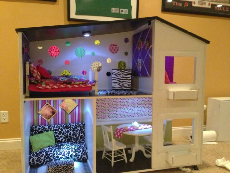 Ag sized doll house this one we made for my friends girls next time we will make it a little bigger