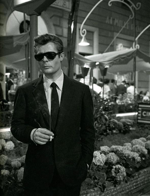 """marcello mastroiani in """"La dolce vita"""". Like the glasses."""