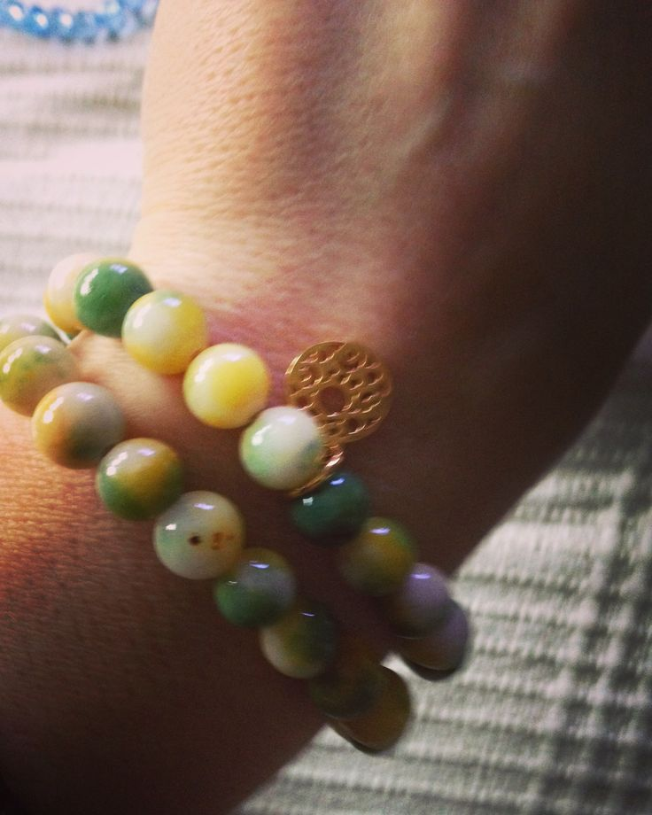 Chios jewelry, bracelet charm natural. Green and yellow.