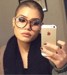 Jessie j with nearly shaved head, girl with very short hair