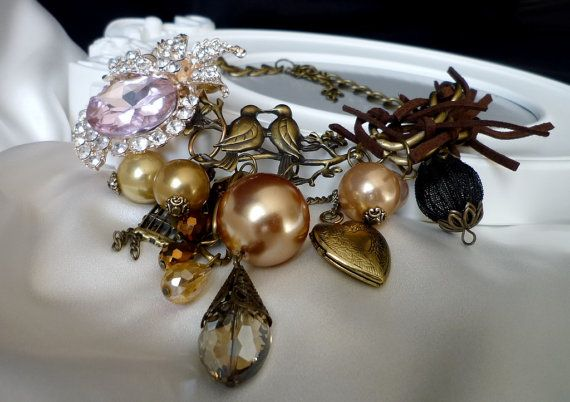 Vintage necklace Oiseaux by wandadesign on Etsy, €75.00