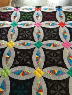 Nice Double Wedding Ring quilt by Debra Clutter of Bakersfield CA Featured at MQ Resource
