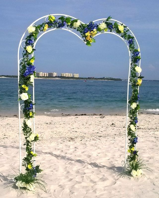 Beach Wedding Arch: 17 Best Images About Ceremonies By The Sea ♥ Decor On