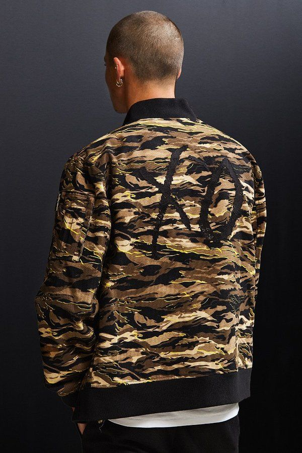 Puma XO The Weeknd Camo Bomber Jacket #men#fashion #male#style#menfashion#menwear#menstyle#clothes #man #ad#fashionblogger#fashionstyle#fashionmen#fashionlook