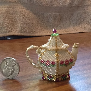 Another beaded teapot finished.